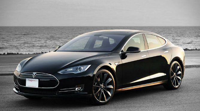 Tesla P85D Insane Mode – cum sa uiti cum se spune WOW!
