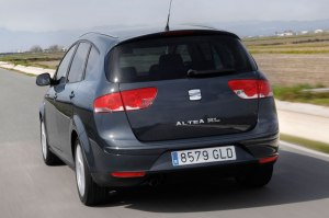 0540058-SEAT-Altea-XL-Station-1.2-TSI-Businessline-2010