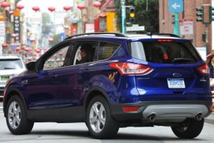 2015-ford-escape-back-1