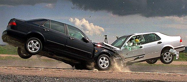 10 reguli pentru un trafic mai sigur