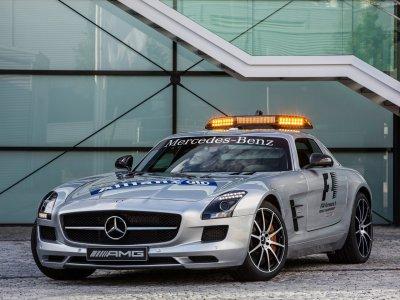 Mercedes-Benz-SLS_AMG_GT_F1_Safety_Car_2013_1280x960_wallpaper_01