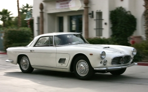 1960_Maserati_3500_GT_coupe_-_white_-_fvr