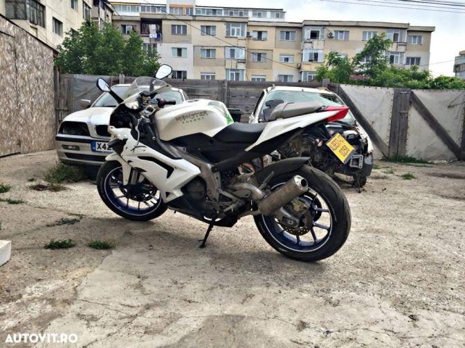 3 motociclete pana in 2000 EUR si 20.000 KM  pe care ti le poti cumpara SH