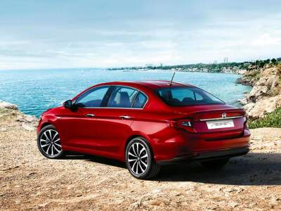 2016-fiat-egea-tipo-sedan-official-6