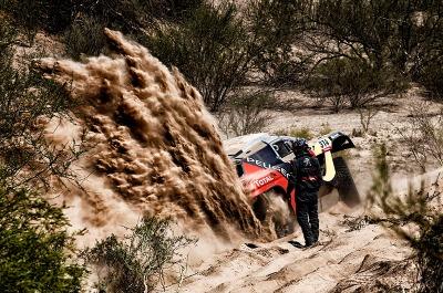 314 LOEB Sebastien ELENA Daniel (fra) PEUGEOT action stuck in the sand during the Dakar 2016 Argentina,  Bolivia, Etape 9 / Stage 9, Belen - Belen,  from  January 12, 2016 - Photo Frederic Le Floc'h / DPPI
