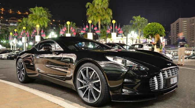 Aston Martin One-77 – isi merita un articol
