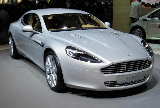 Aston Martin RapidE va intra in productie in 2018