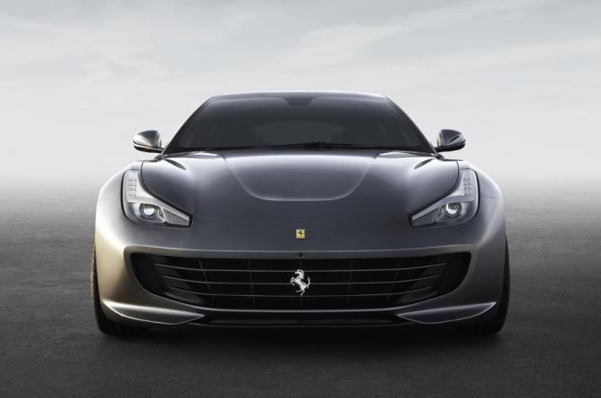 Ferrari dezvaluie GTC4Lusso