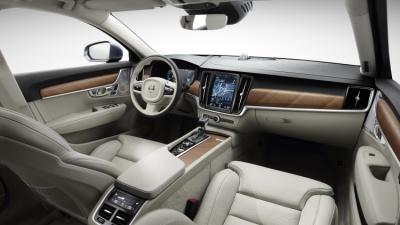 10-volvo-v90-interior-2