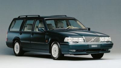 52_Volvo_960_Estate_thumb