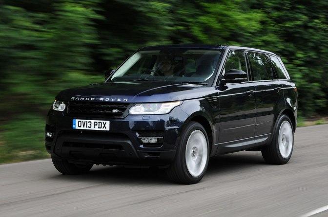 Cu un Range Rover Sport, la joaca