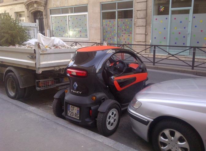 Parcarea laterala