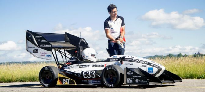 AMZ au batut recordul de accelerare cu un bolid electric care atinge 100km/h in 1.5