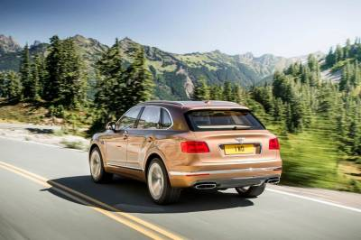 Bentley-Bentayga-Is-the-Fastest-Most-Luxurious-SUV-On-The-Planet-5